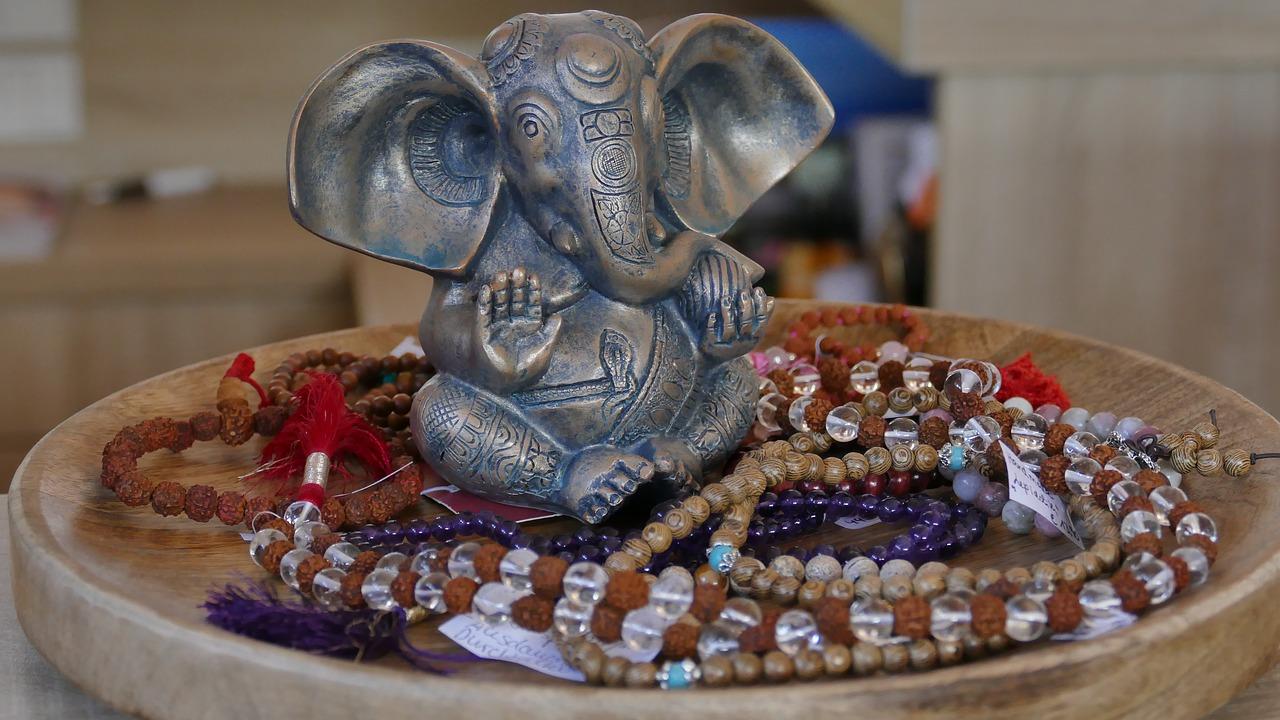 méditer avec un bracelet Mala